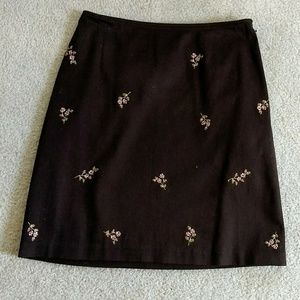 Loft embroideted stretch skirt size 2P